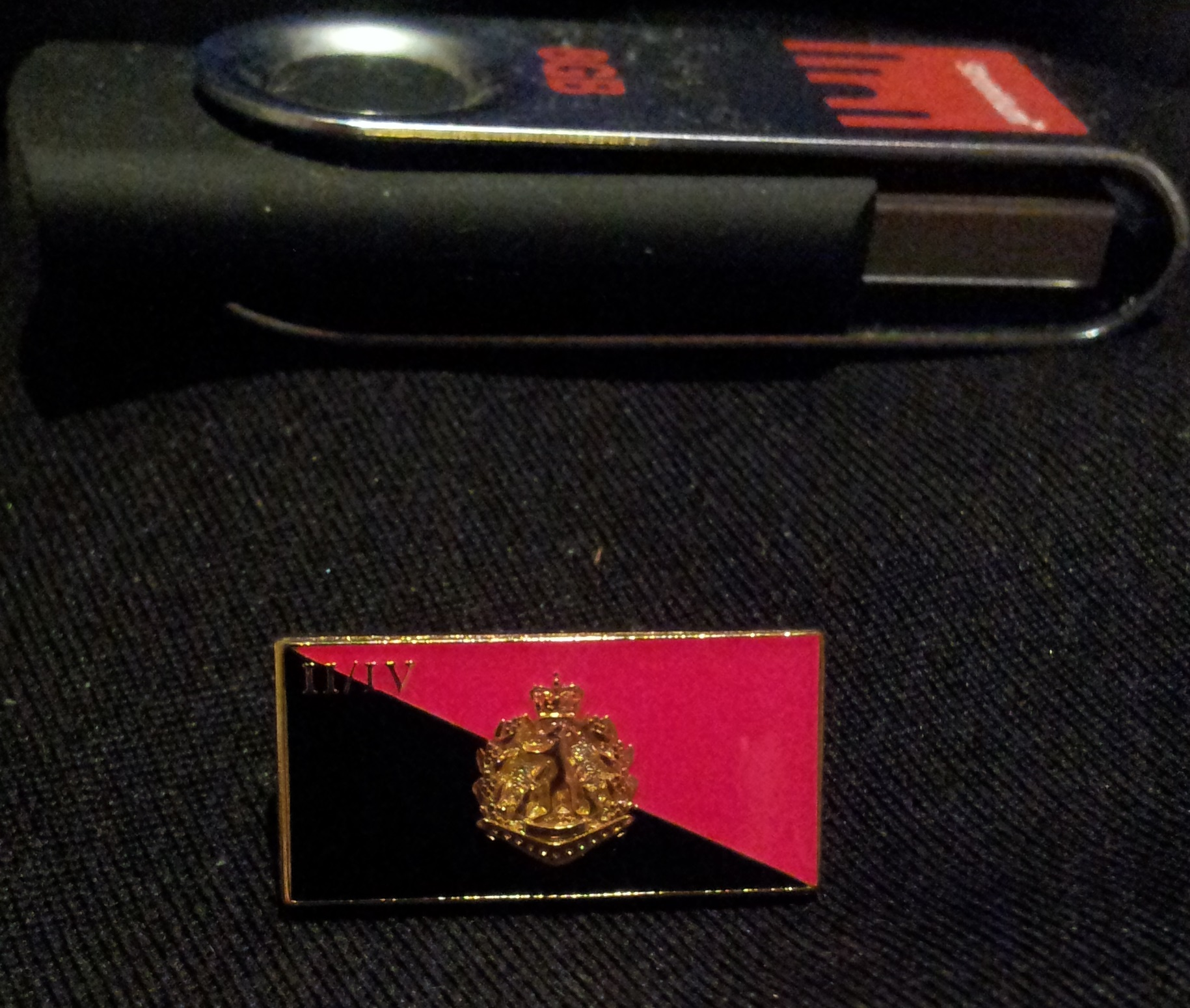 2/4 RAR Lapel Pin